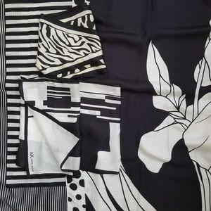 Four Black & White Scarves Silk Iris Barbieri AK